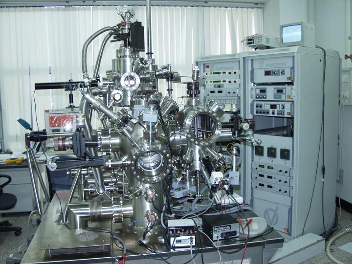 变温扫描隧道显微镜 分子束外延联合系统